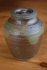Bigger tea leaf storage jar No.3; 61 EUR; 68 USD - SOLD/PRODÁNO